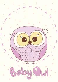 可愛的紫色貓頭鷹